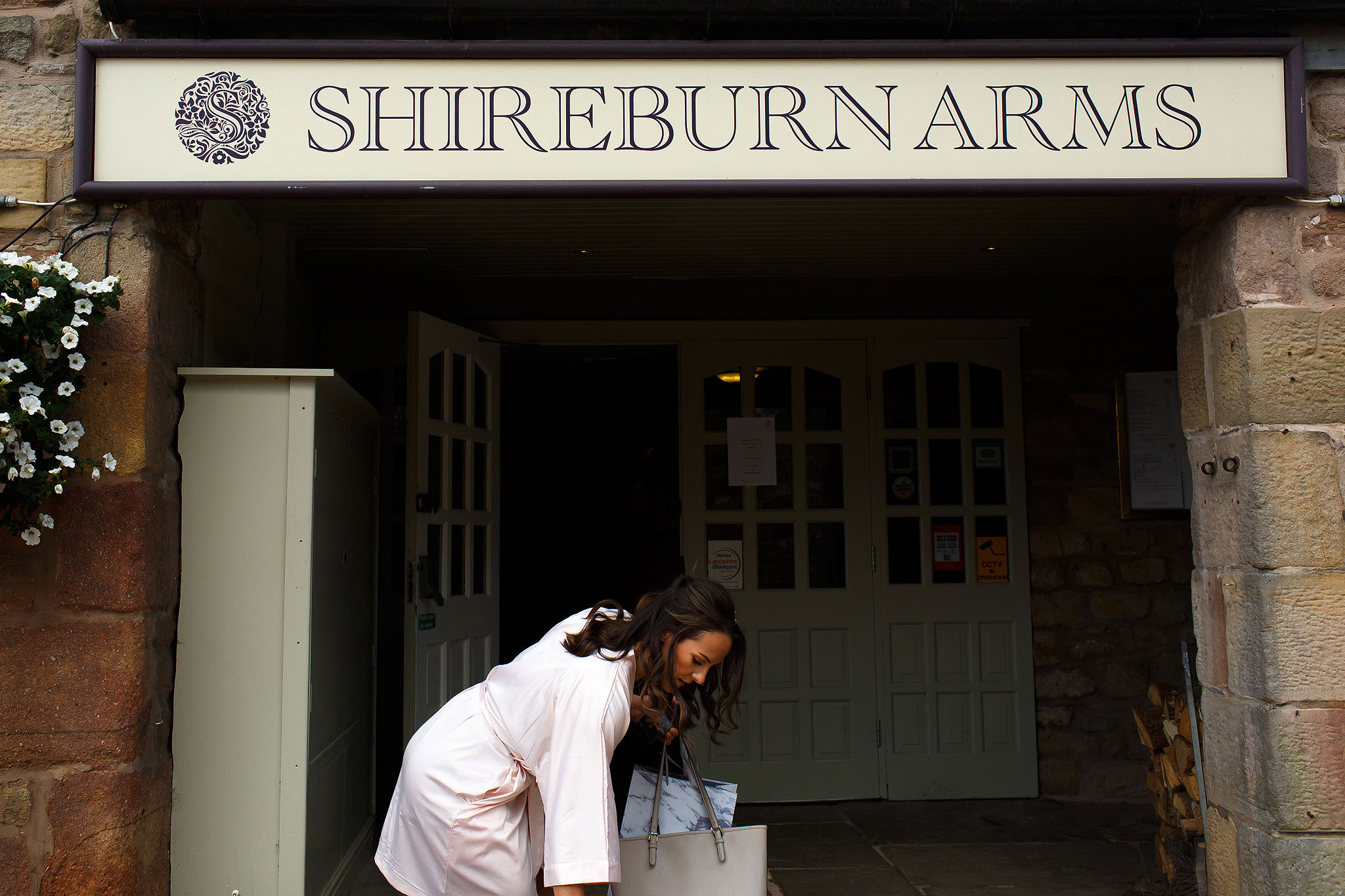 Bride arriving at Shireburn Arms wedding venue